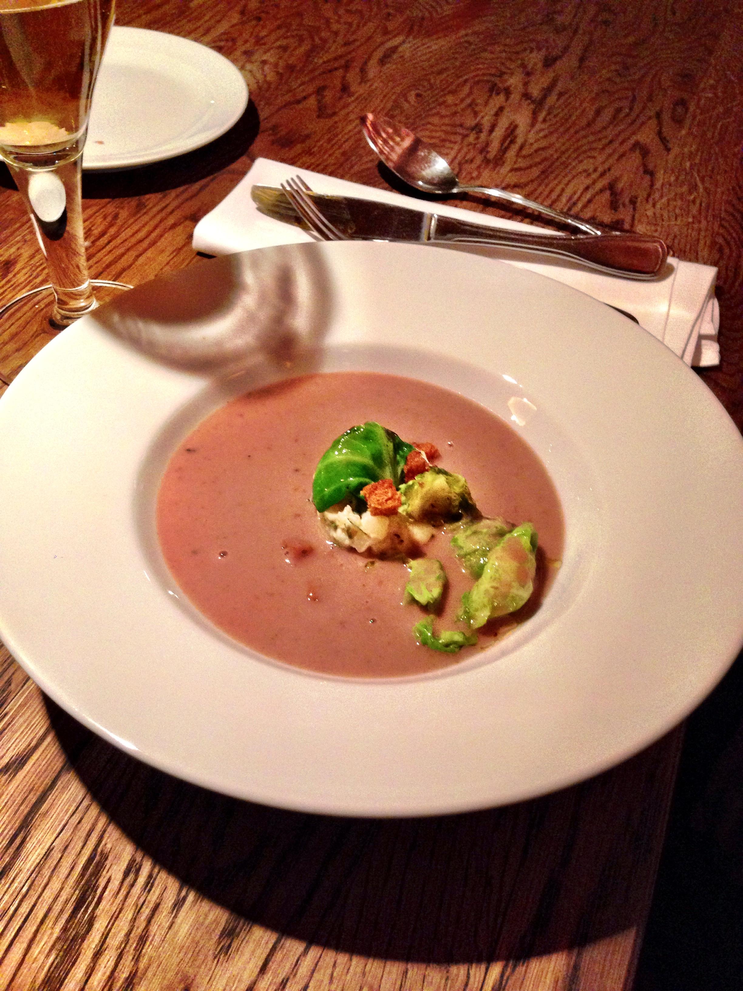 Rosenkohlblätter als Suppeneinlage – das einfache kann so lecker sein